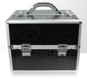 Műkörmös táska - krokodilbőr - fekete